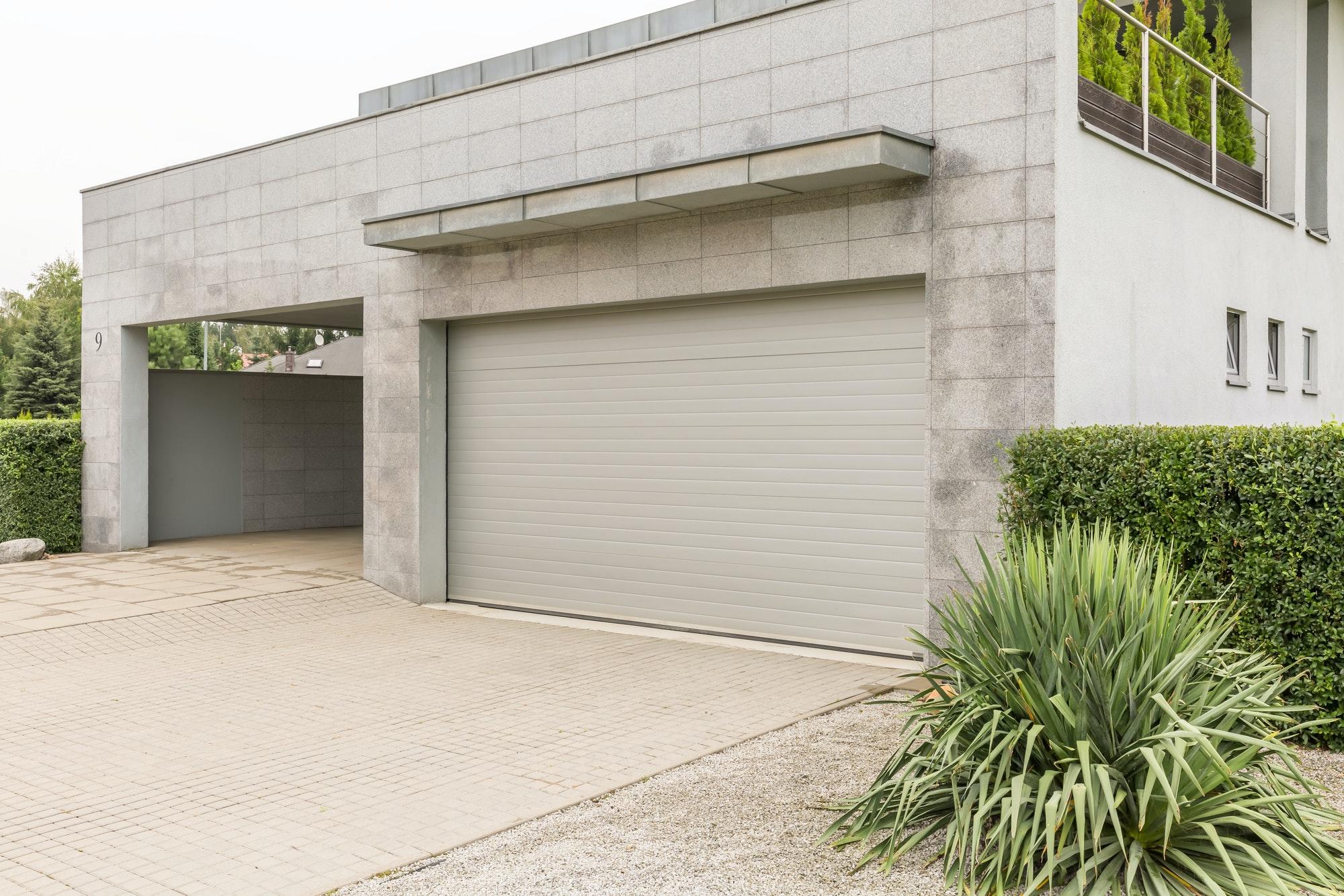 Puerta Garaje en vivienda unifamiliar